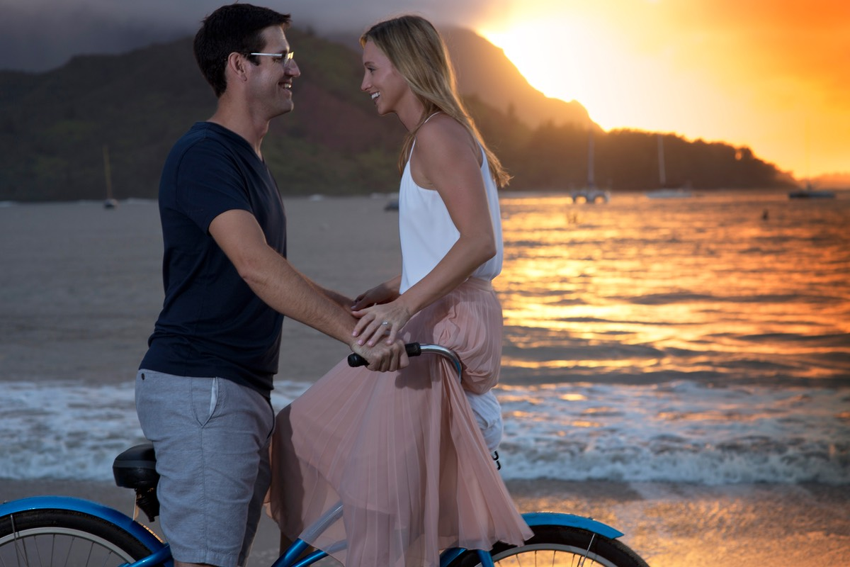 A bike for two on a Kauai beach by wedding photographer Difraser