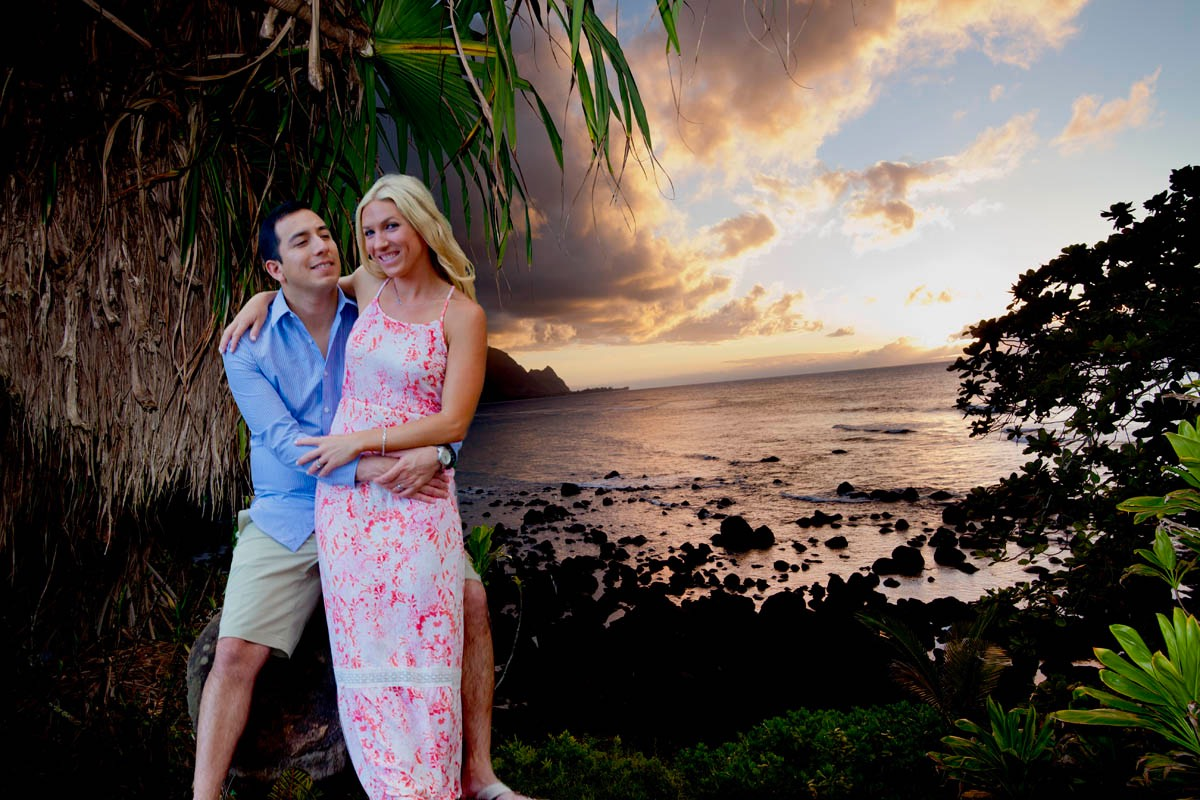 Kauai photographer Difraser  wedding photo at hideaways beach