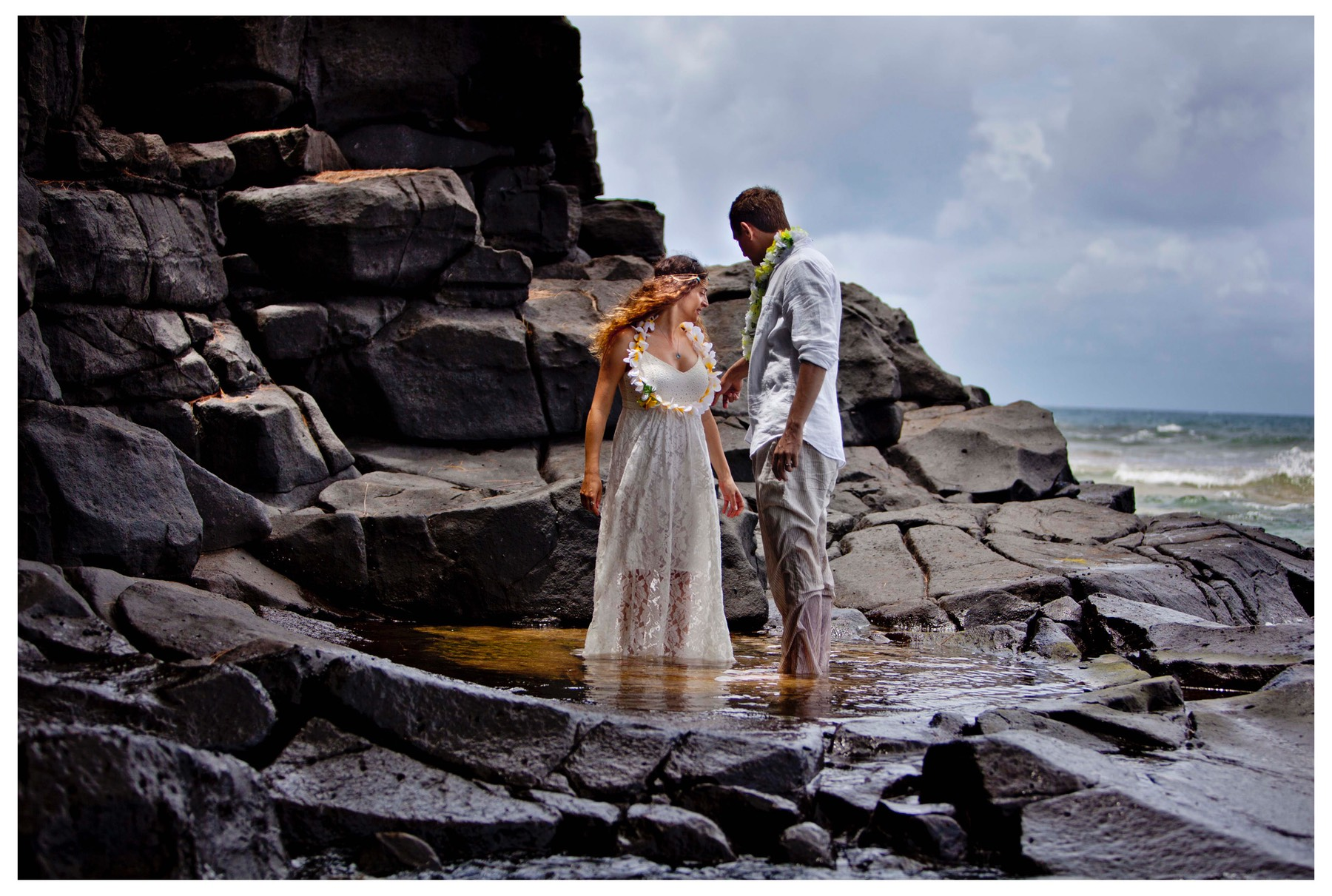 Kauai corporate videographer, wedding couple doing a trash the dress video by Difraser