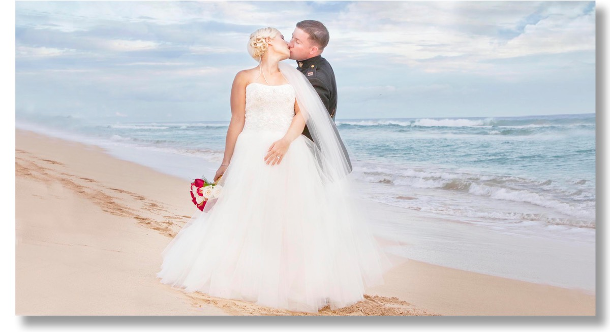 Kauai wedding videographer Difraser 51 Queens Bath wedding